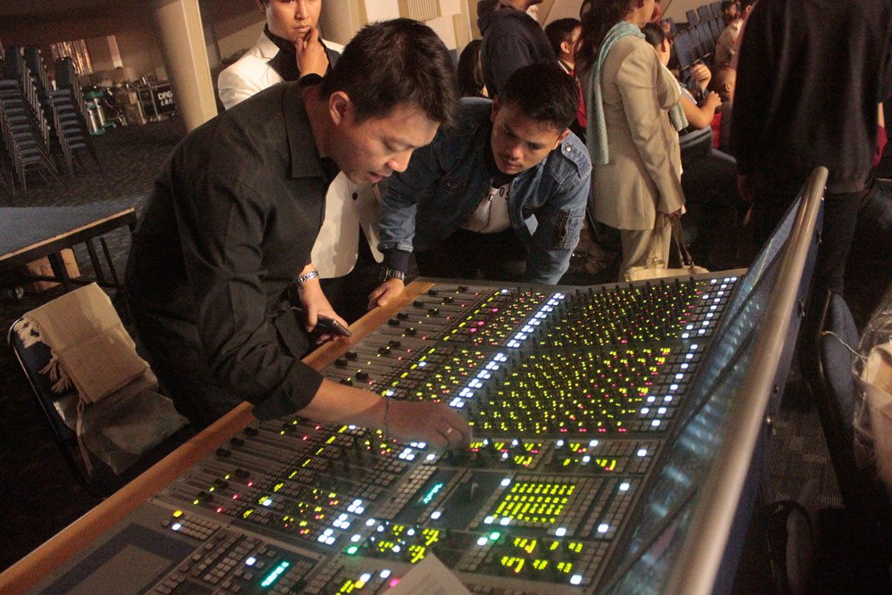 AURUS and NEXUS by Stage Tec for the Ark of Christ Church in Indonesia